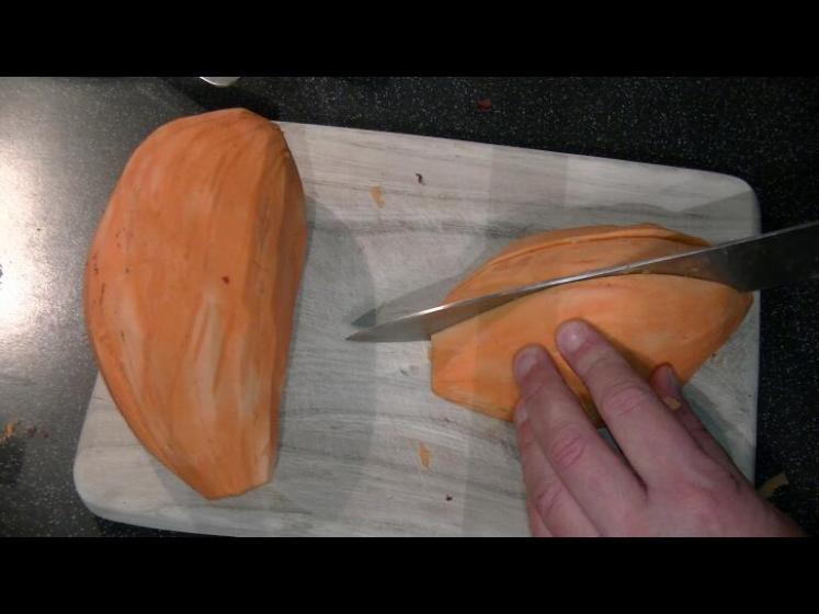 Süßkartoffeln_streifenschneiden