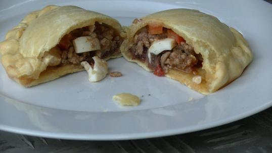 Empanadasaufgeschnitten